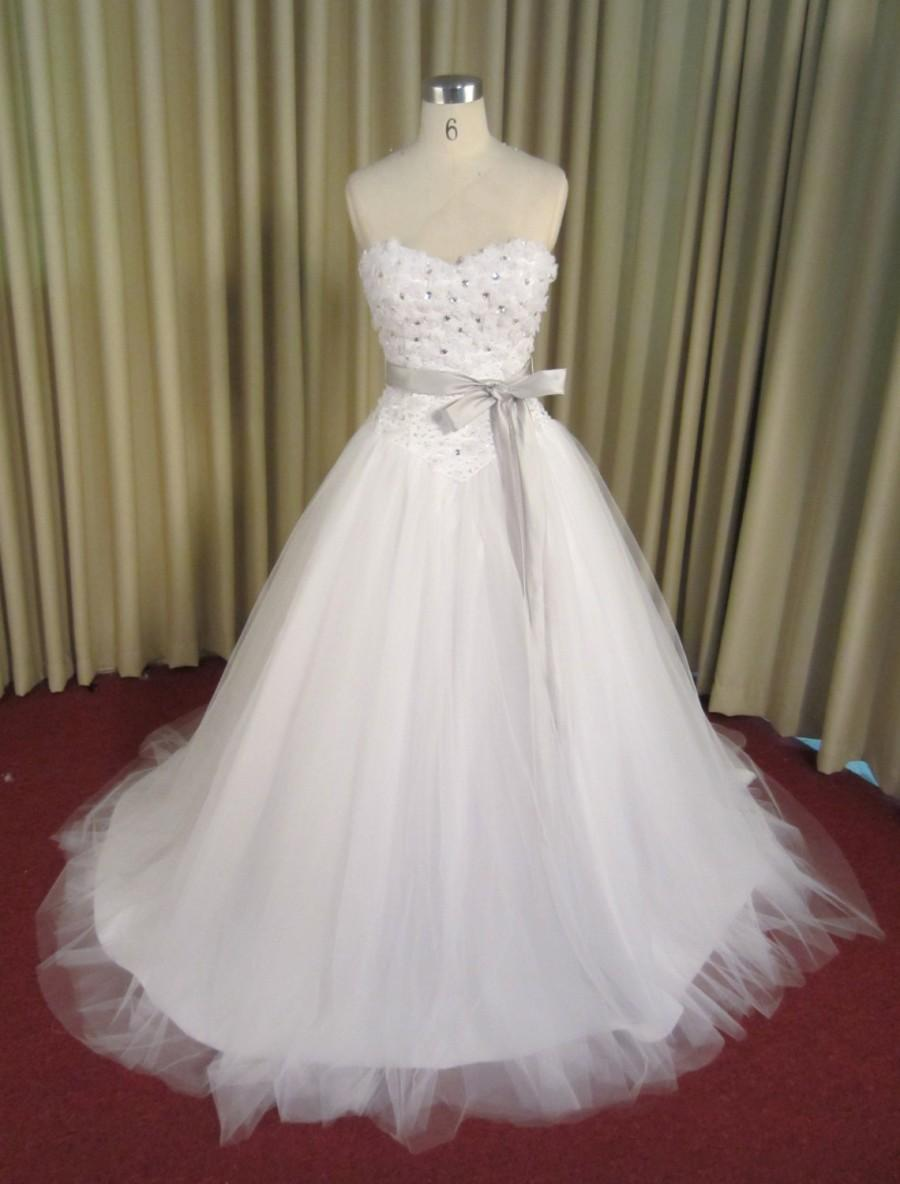 Mariage - Sweetheart Crystal Beaded Tulle Ball gown Wedding Dress
