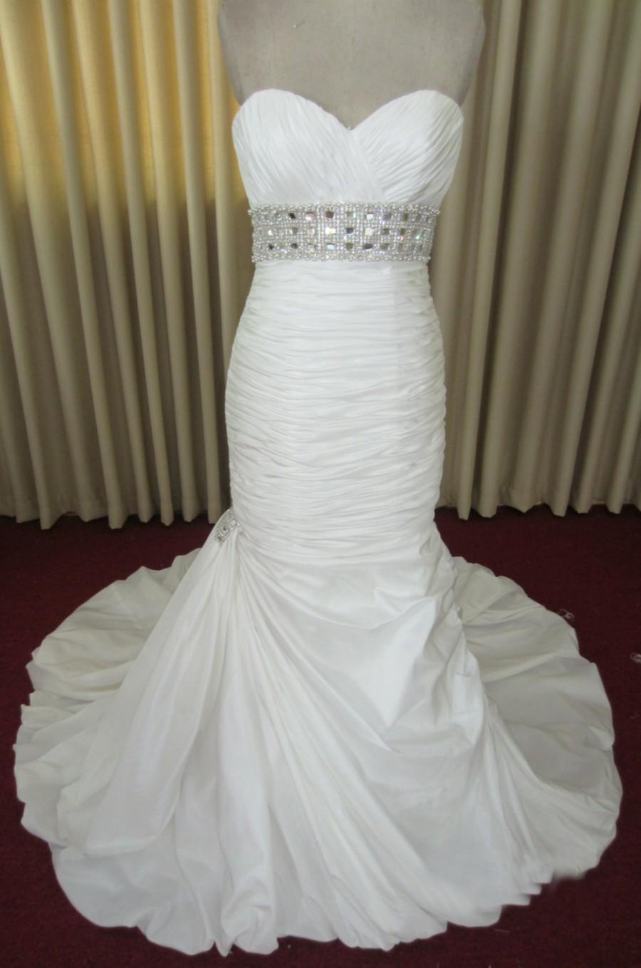 Mermaid sweetheart satin blingy wedding dress 2434214 for Satin sweetheart mermaid wedding dress