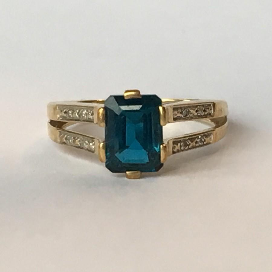 Vintage Blue Topaz Ring 1 5 Carat London Blue Topaz In 9k Yellow