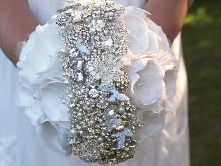 Mariage - Alternative Bouquet, Bridal Brooch Bouquet, unique handmade Silk Flower bridal bouquet