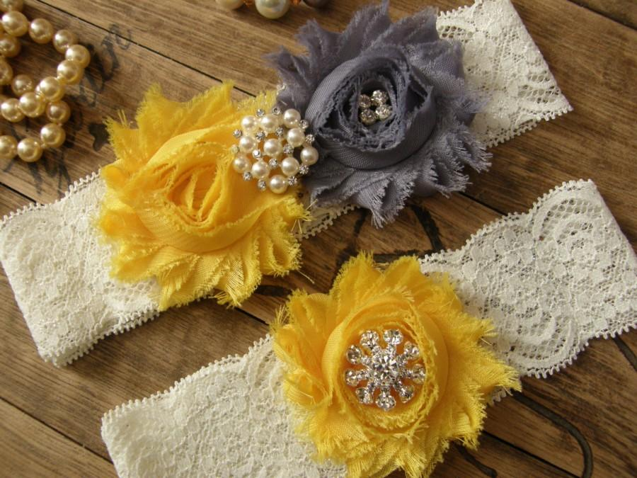 Mariage - Gray / Yellow / Wedding Garter / Bridal Garter / Toss Garter / Vintage Inspired / Garter Set / Lace Garter