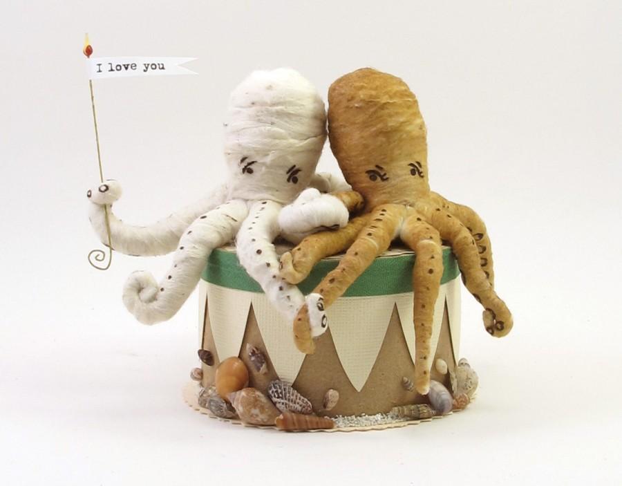 زفاف - Vintage Style Spun Cotton Octupus Wedding Topper Made to Order