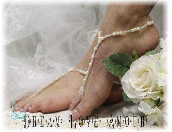 Свадьба - Barefoot sandals, Sea of Love, foot jewelry,beach, wedding, bridal, beaded, pearl