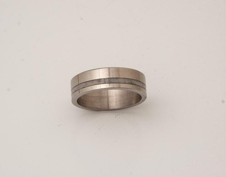 Свадьба - titanium antler ring antler wedding band titanium band