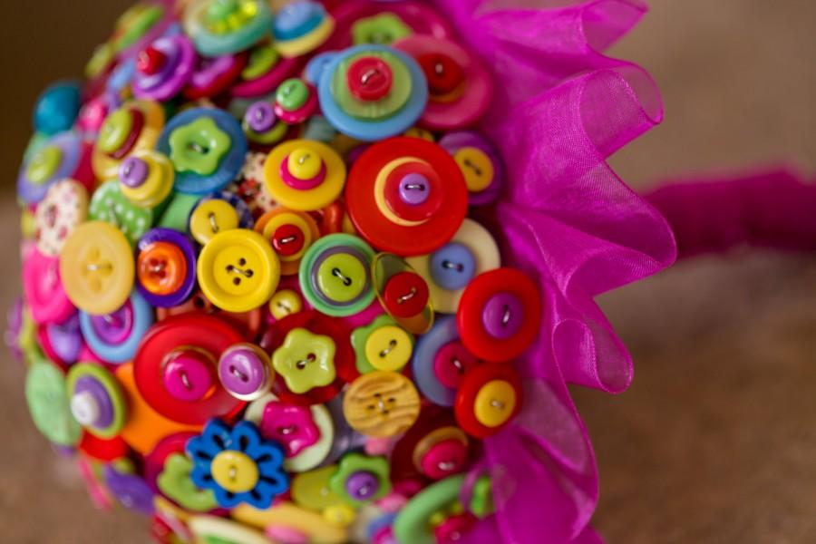 Свадьба - button bouquet ,'summer brights'
