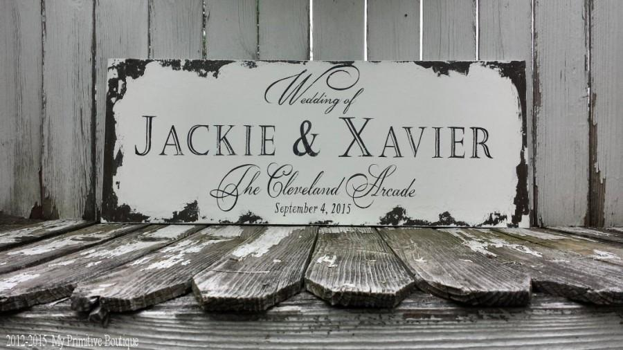 Mariage - CUSTOM WEDDING SIGN, Custom Name Sign, Shabby Chic Wedding Sign, The Wedding of Sign, Hand Painted Sign, Name, Location, Date