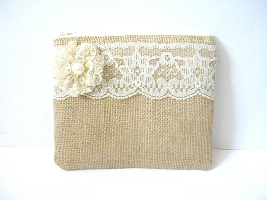 Mariage - Burlap And Lace Clutch - Burlap Makeup Bag - Burlap Clutch Bag - Flower Girl Gift - Cosmetic Bag - Rustic Clutch - Bridesmaid Makeup Bag