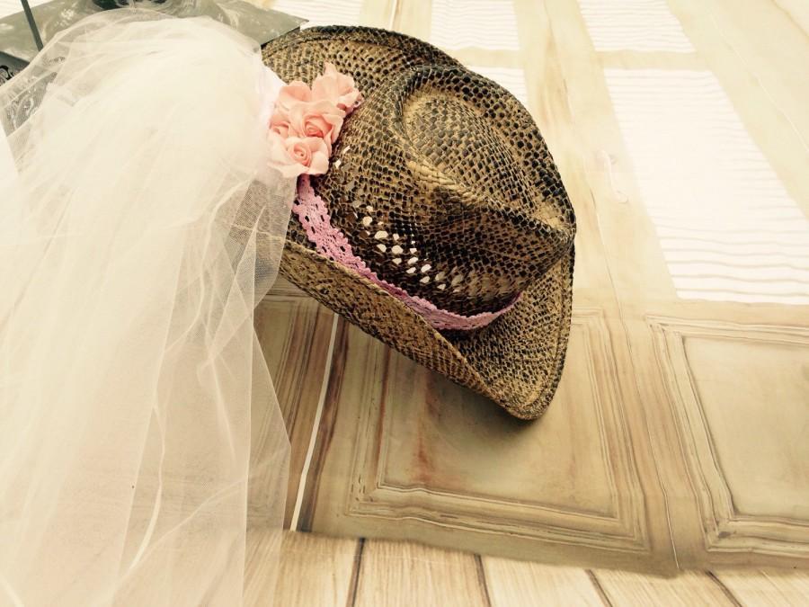 Свадьба - Bachelorette veil,  western cowgirl hat, vintage bride cowboy hat, bridal veil