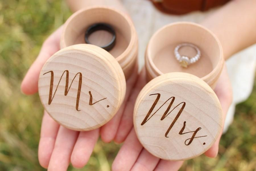 mr and mrs ring box set keepsake ring box engrave rustic