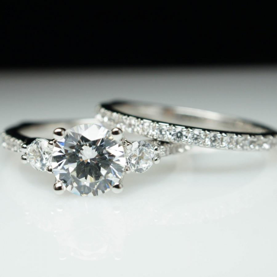 Beautiful 3 Stone Solitaire Diamond Engagement Ring & Wedding Band ple
