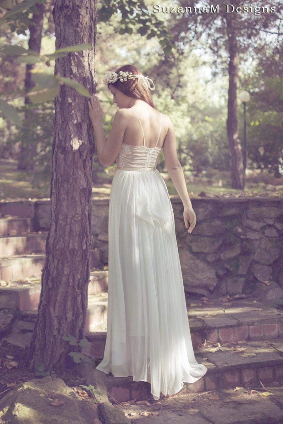 Ivory bohemian wedding dress beautiful lace wedding long for Unique bohemian wedding dresses