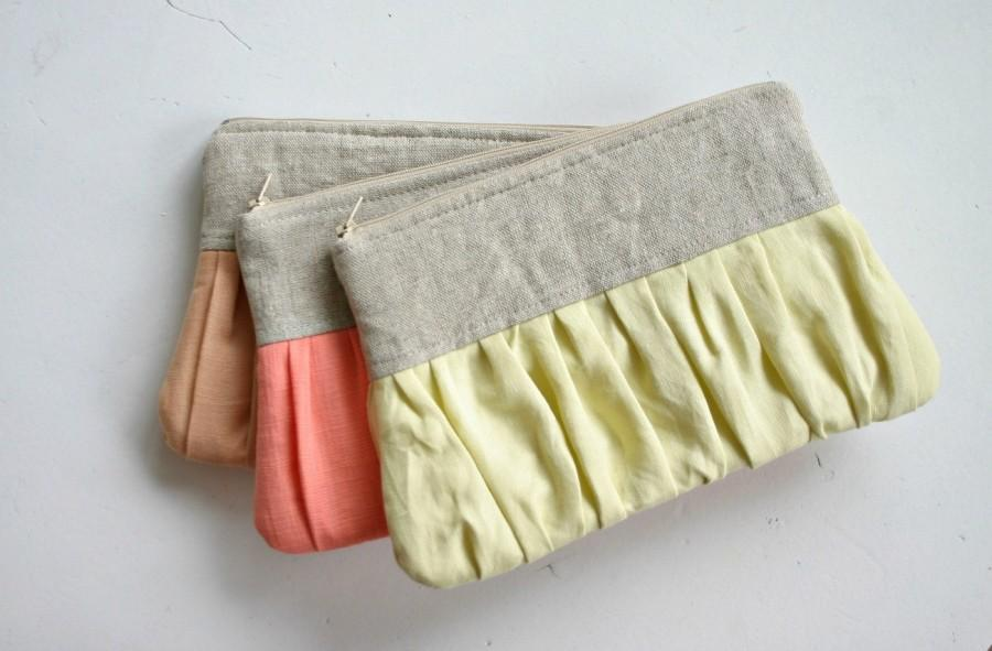 Mariage - SET of 3 Linen bridesmaid Ruched clutch bags pleated linen choose your colour bridal clutch