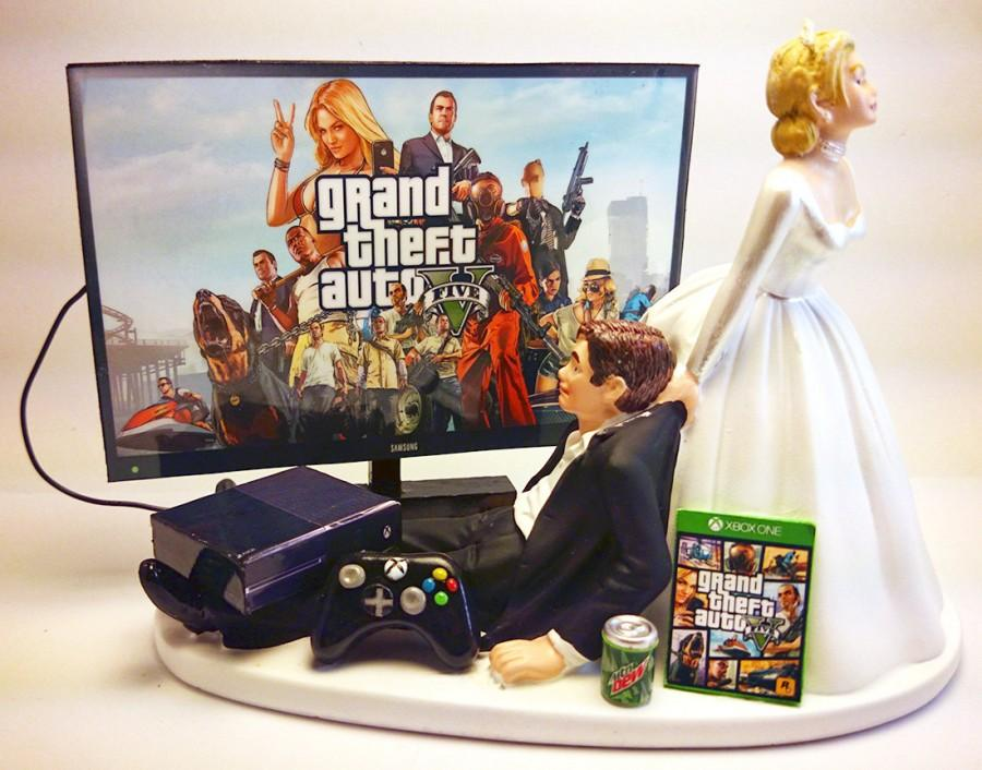 Gamer addict funny wedding cake topper bride and groom gta five gamer addict funny wedding cake topper bride and groom gta five junglespirit Image collections