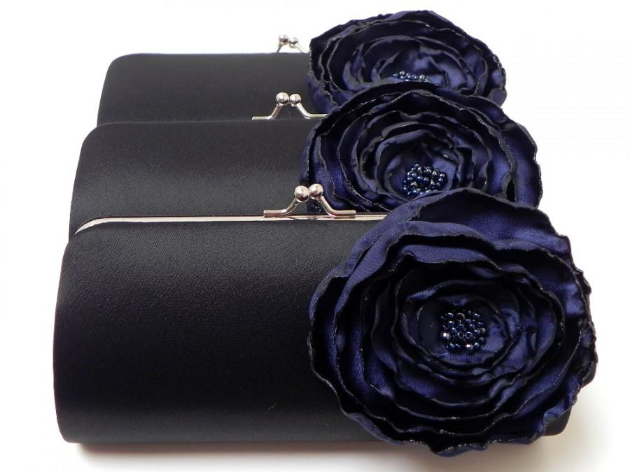 Mariage - Black Clutch with Navy Midnight Blue Flower - Bridesmaid Clutch - Kisslock Snap Petite Bouquet Clutch - Navy Blue Flower Bloom