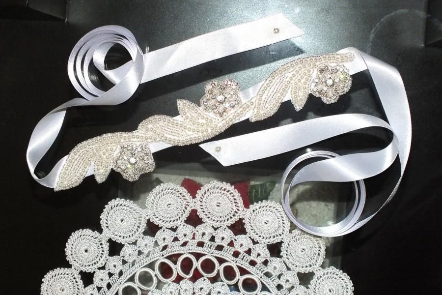 Mariage - Bridal belt Crystal Rhinestone & Pearl,Wedding Belt, Bridal Sash, Bridal Belt, Wedding Sash, Flower Girl Sash