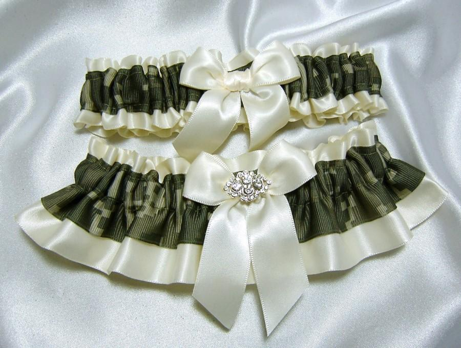 Mariage - Army ACU Digital Camouflage Satin Wedding Garter w/ Crystal Embellishment - Toss Garter Included- Pick Ivory or White