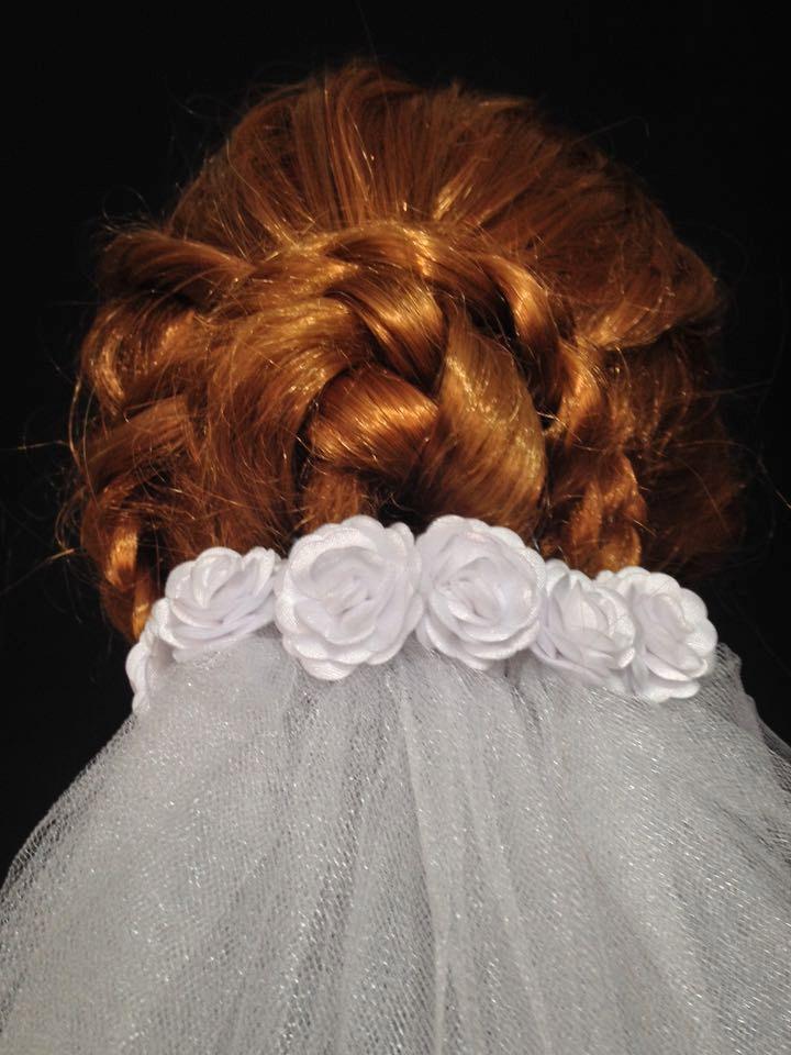 Mariage - White Waterfall Medium Lenght Elegant Wedding Veil With Flowers