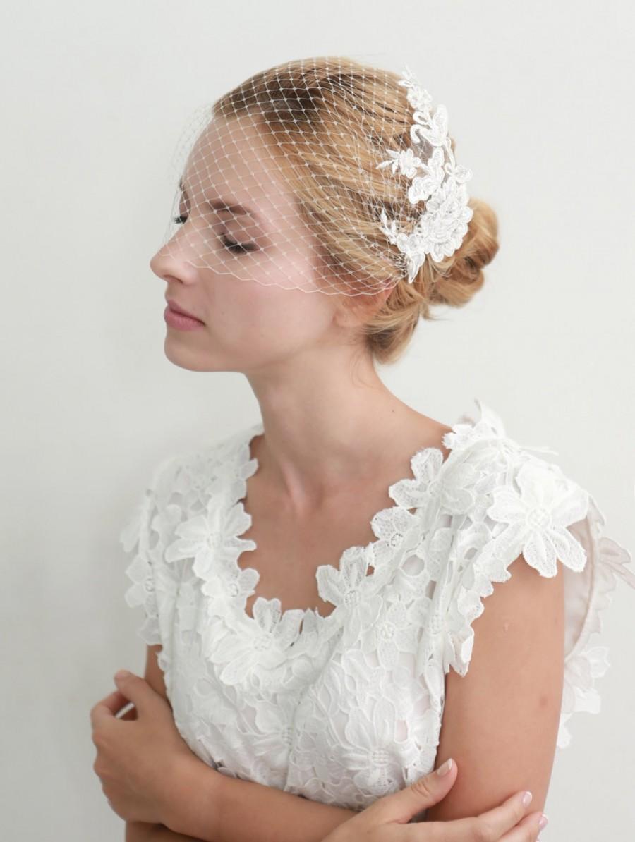 Hochzeit - Lace bandeau veil, bridal birdcage bandeau veil, lace face veil, wedding veil  - style 308