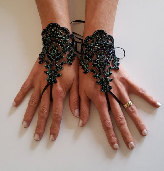 Mariage - Neon green Black lace gloves french lace bridal gloves lace wedding fingerless gloves black gloves burlesque cabaret belly dance glove