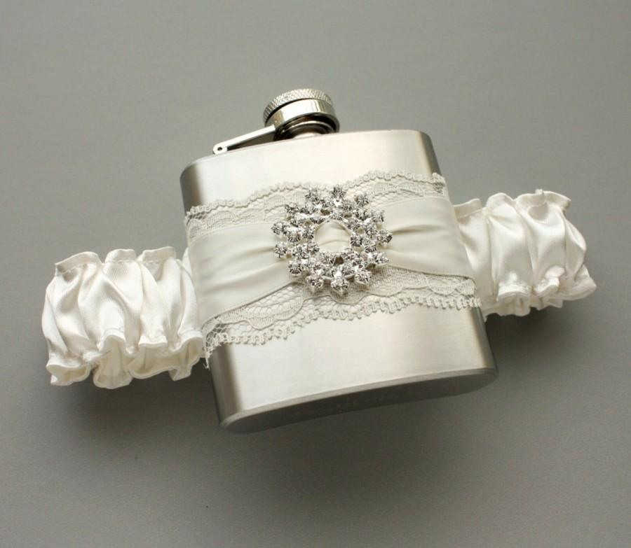 Mariage - Ivory FLASK GARTER with Crystal Starburst -- Ivory Bridal Wedding Garter - Gift for Her - Ready to Ship