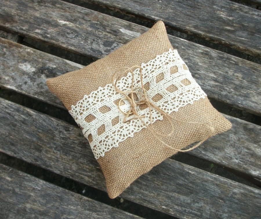 زفاف - Burlap/Hessian Ring Bearer Pillow Rustic Wedding Cushion with Cream Cotton Lace  6 X 6 inches