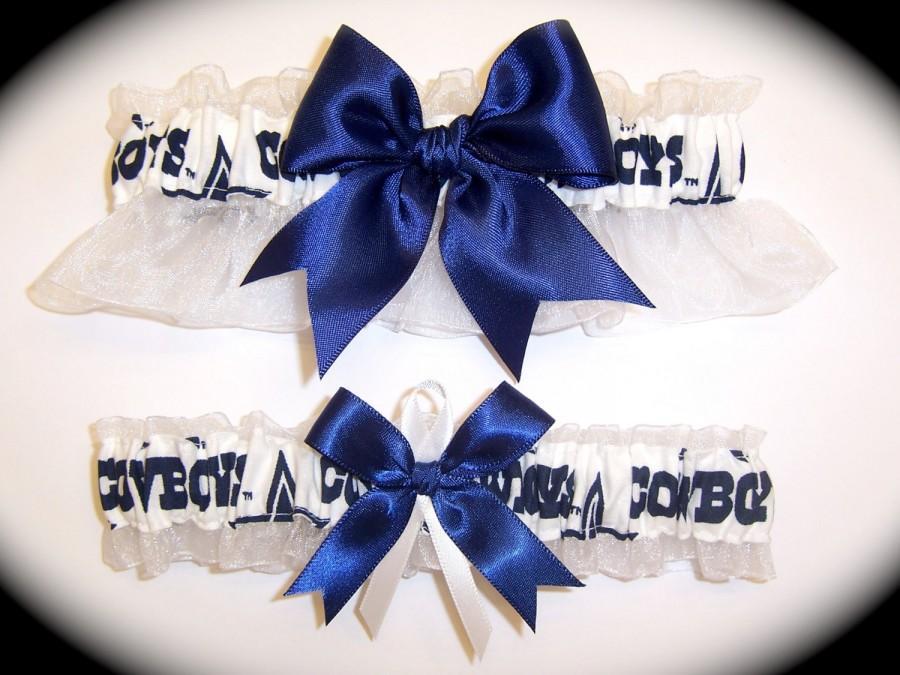 Mariage - Handmade Wedding Garter Set Dallas Cowboys Keepsake and Toss Bridal nw1