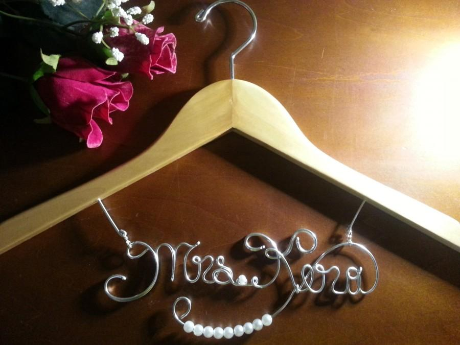 Personalized Bridal Hanger Bride Hangerbridesmaid Hanger Weddingelegant Bridal Hangers