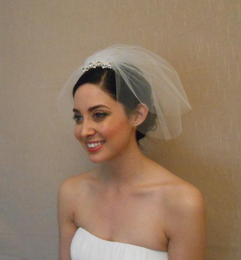زفاف - Two tier tulle birdcage veil with rhinestone piece embellished with Swarovaki pearls on comb - Ready to ship in 1 week