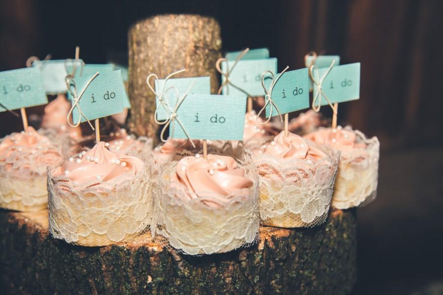 Mariage - I Do cupcake tags, rustic wedding cupcake tags, I Do wedding tags, cupcake toothpicks, I Do tag, wedding dessert tags,