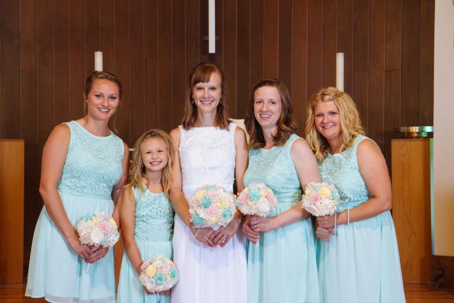 Mariage - Mint,Blush, Yellow Bridesmaids Sola Flower Bouquet, Vintage Bridesmaids Bouquet, Preserved Bridal Bouquet, Keepsake bouquet