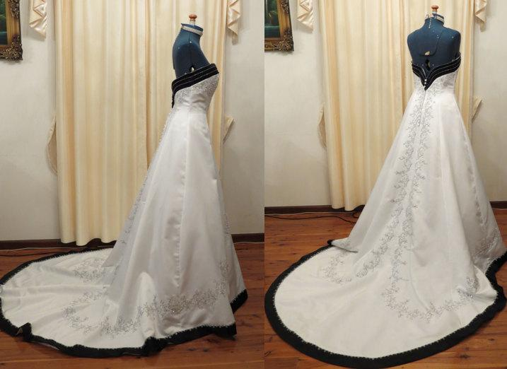 164f3c2bf4 Vintage Black and White 50s Style Cathedral Princess Wedding Dress With  Flower Machine Embroidered and Hand Beaded Details