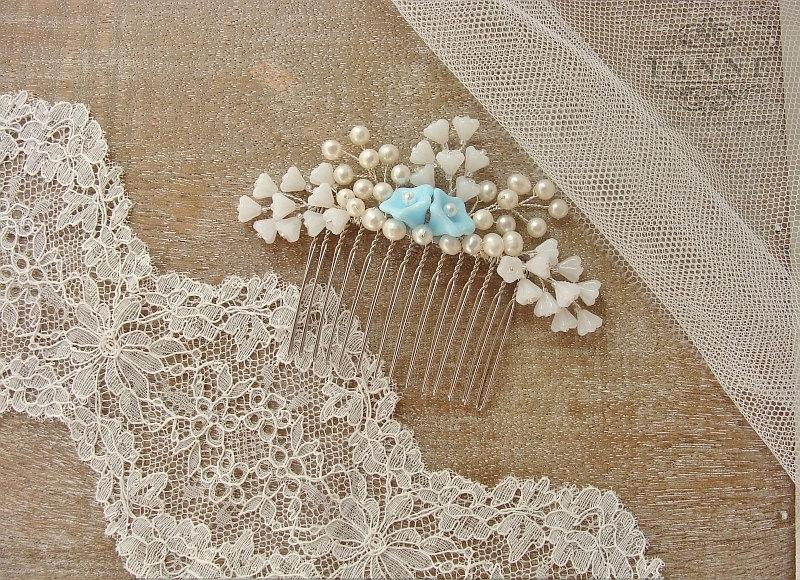 Mariage - Pearl Bridal Comb, Blue & Ivory Flower Bridal Hair Comb, Wedding Pearl Hair Comb, Beaded Bridal Headpiece, Floral Wedding Hair Accessories