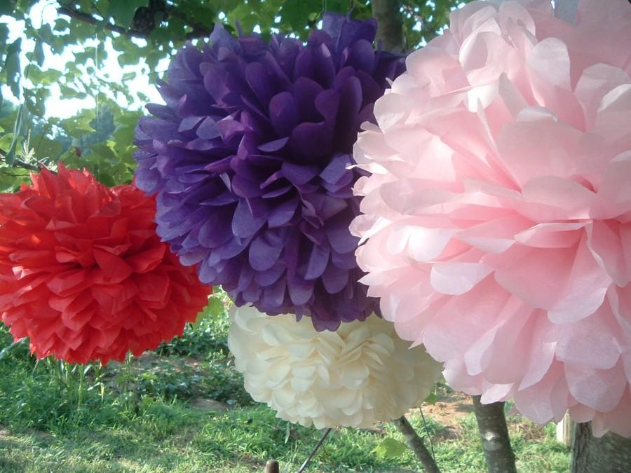 Свадьба - 10 Tissue paper pom poms, Wedding decorations, Bridal shower, Rehearsal, Party decorations. Hanging pom poms. Hanging flower ball