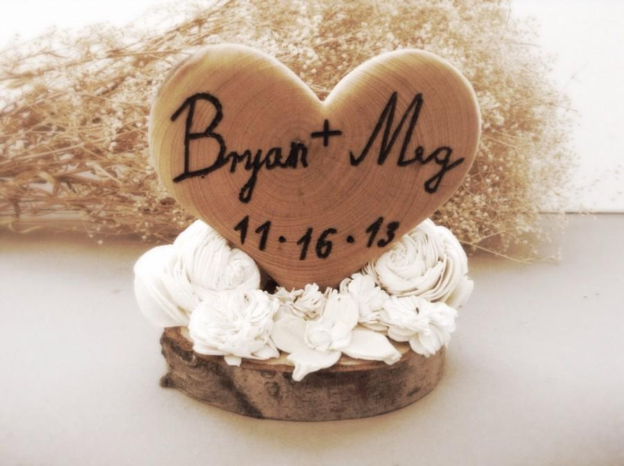 Hochzeit - Rustic wedding cake topper wooden heart winter country fall weddings
