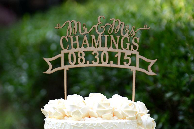 زفاف - Personalized Last Name Wedding Cake Topper, Custom Linden Wood Mr and Mrs Cake Topper, Personalized with YOUR Last Name #106