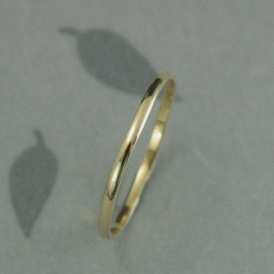 Mariage - Thin Gold Wedding Band--Solid 10K Gold 1.5mm Skinny Minnie Plain Jane Half Round Band--YOUR CHOICE of 10K Yellow, White or Rose Gold