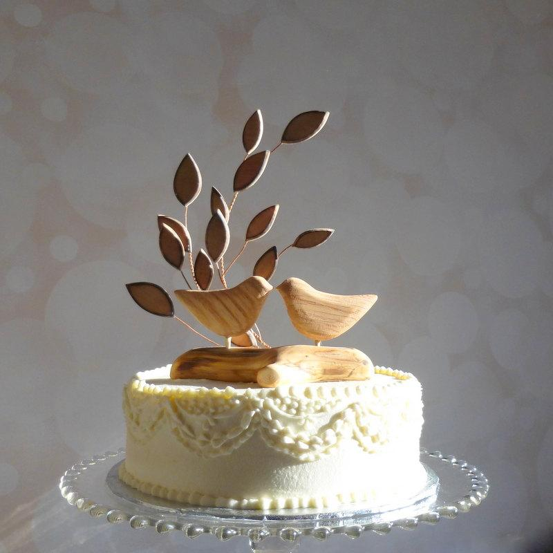 Hochzeit - Bird Wedding Cake Topper, Wooden Cake Topper, Love Bird Cake Topper for Your Rustic Wedding