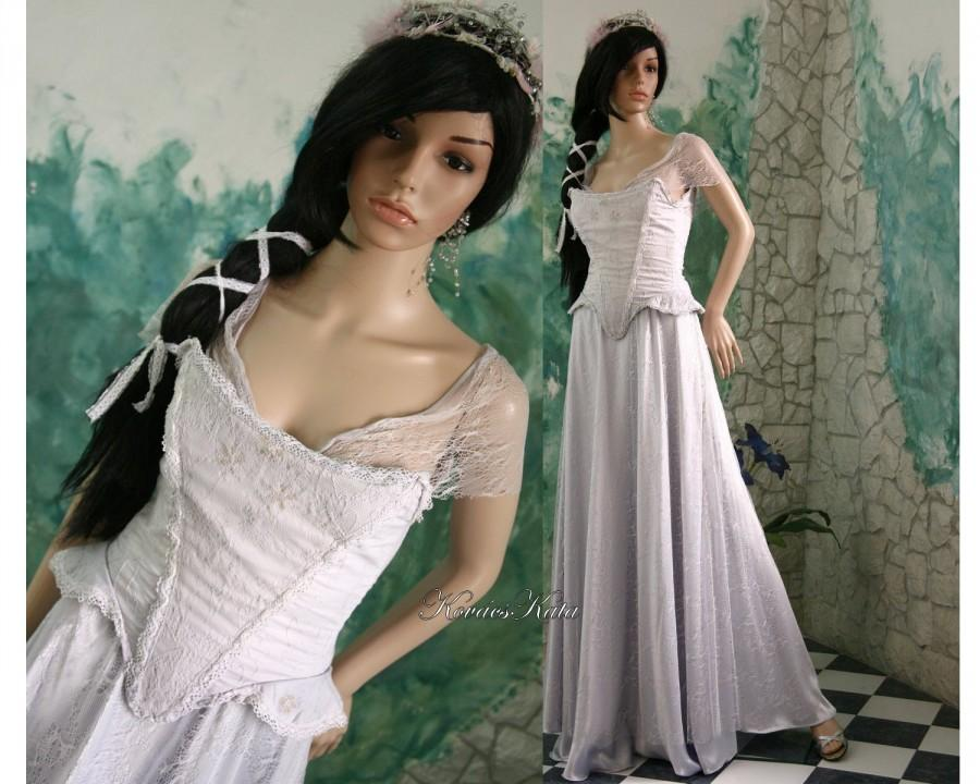 Delicate Medieval Style Fairy Alternative Wedding Gown - Geraldine ...