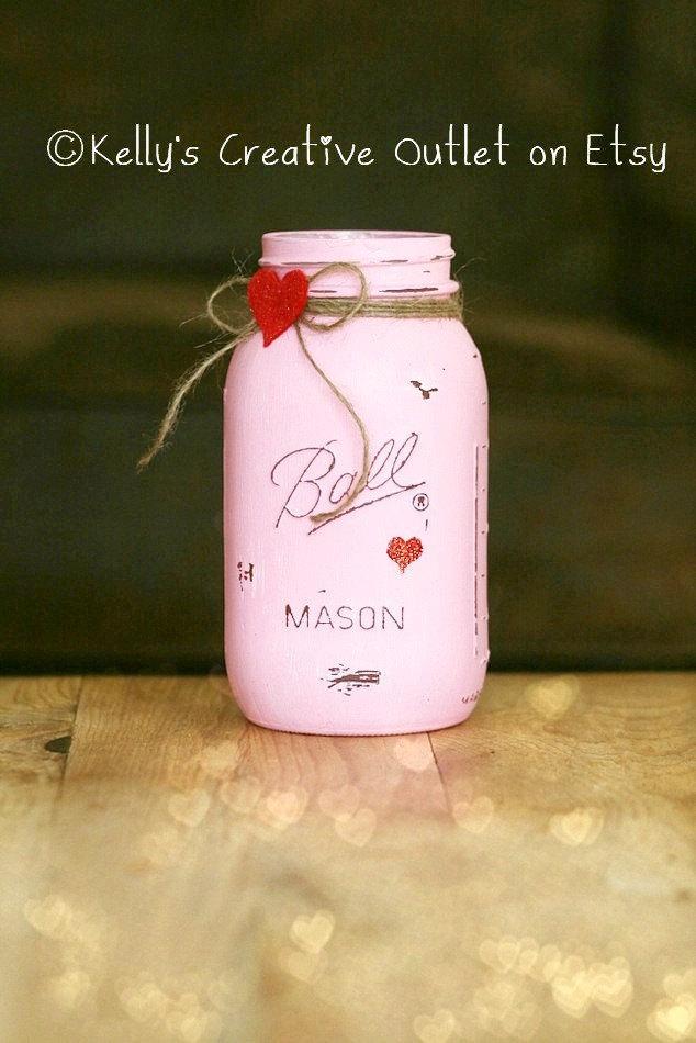 Mariage - Teacher Gift - Valentine Decor - Painted Mason Jars - Wedding Centerpiece - Mason Jar Decor - Vase - Home Decor - Gift for Her - Valentine