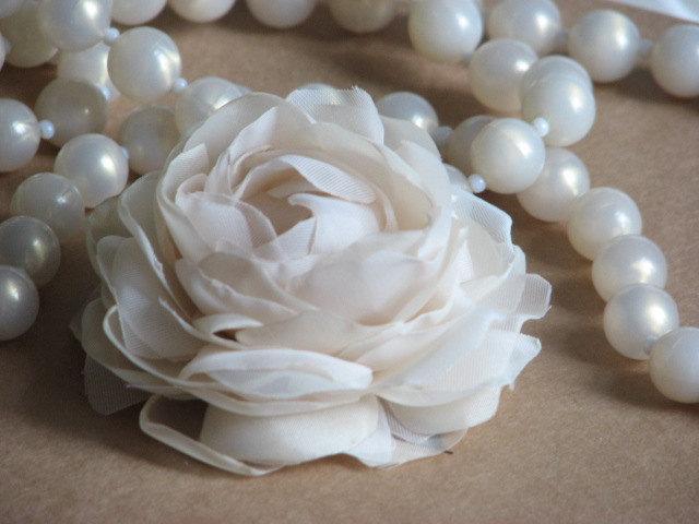 Свадьба - Champagne hair flower Cream ivory hair flower Wedding hair flower Champagne wedding Ivory headpiece Bridal hair flower Bride hair flower