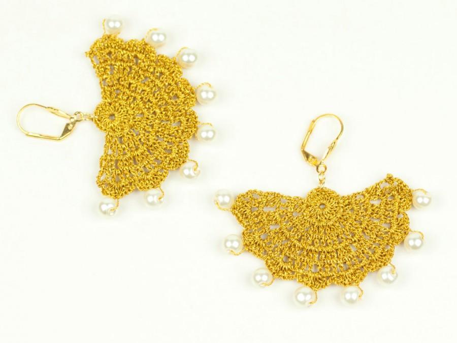 Свадьба - Boho Chic Jewelry / Crochet Jewelry / Statement Earrings / Bridal Jewelry / Gold / Bridesmaid Jewelry / Geometric / FREE SHIPPING