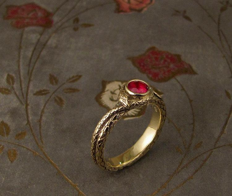 Свадьба - Coiled Snake Ruby Solitaire - Made to Order