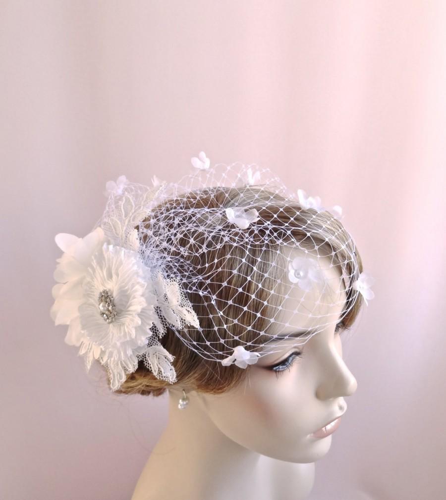زفاف - Birdcage veil with flowers, rhinestone adornment, flowered bridal bird cage veil, white bridal flowers, handmade flowers, Style 804