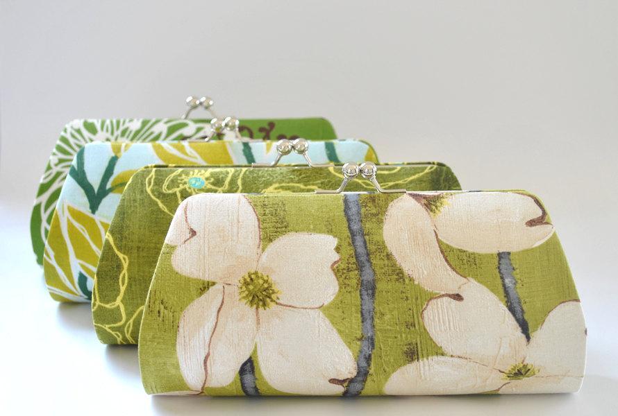 زفاف - A SET of 9 Bridesmaids Clutch -  Create a Custom Bridesmaid Clutches in your choice of fabrics
