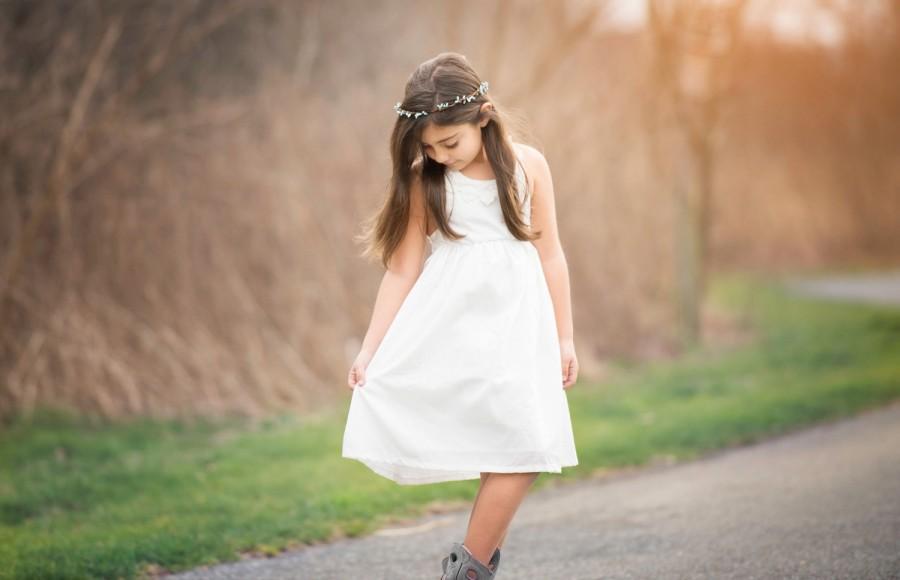 زفاف - lace flower girl dress, country flower girl dress, rustic flower girl dresses, ivory cross back lace flower girl dress, country couture