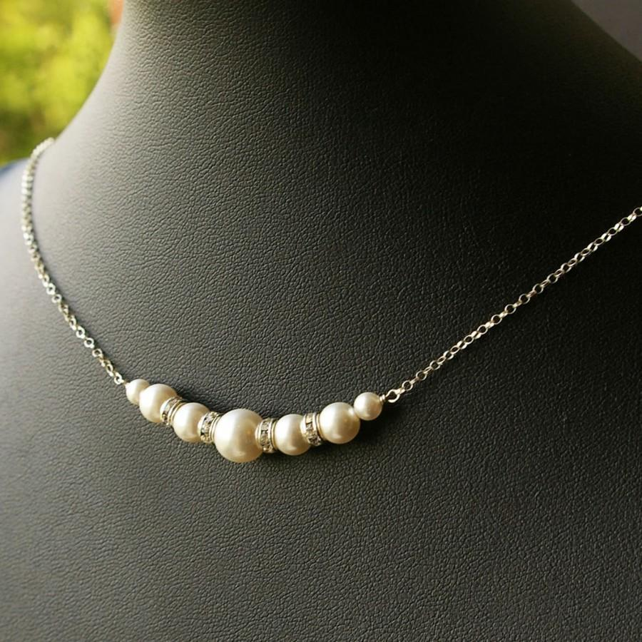 Mariage - SET of FIVE Pearl Bridesmaids Bridal Necklaces, Modern Vintage Jewelry, Bridal Party Gifts, Sterling Silver Swarovski Pearl Necklaces, Grace