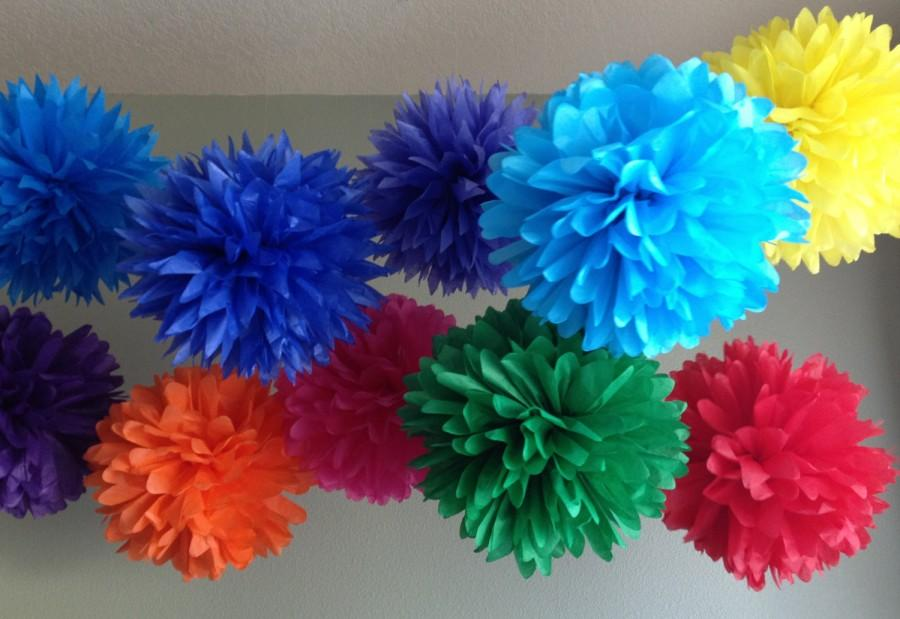Свадьба - Rainbow Bright Deluxe - 10 Tissue Paper Pom Poms - First Birthday Decoration Party - Candy Bar Backdrop - Newborn Photography