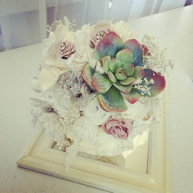 Mariage - Australian made, Pastel Pretty, Bohemian garden, country chic, vintage brooch and fabric flower, succulent bouquet.