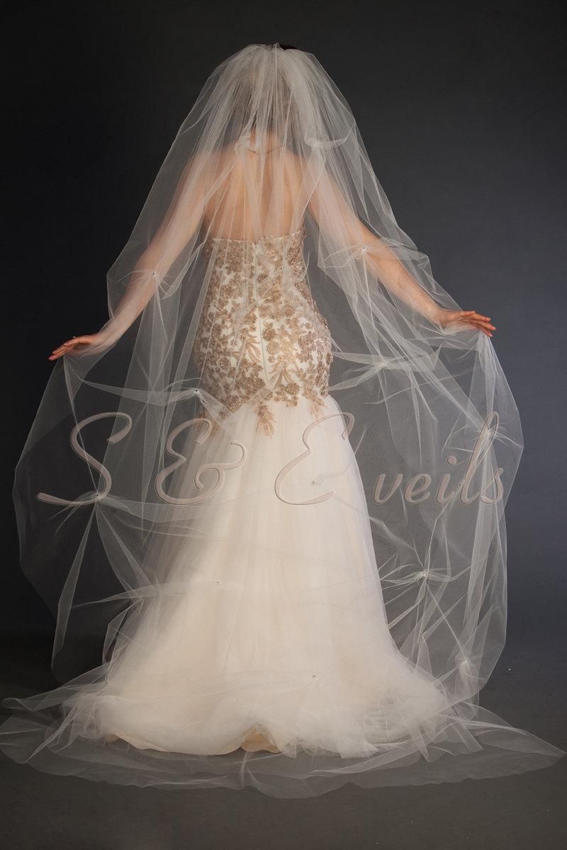 """Hochzeit - Beautiful 1-tier cathedral veil with crystals, bridal veil, Available 90"""" thru 120"""" lengths"""
