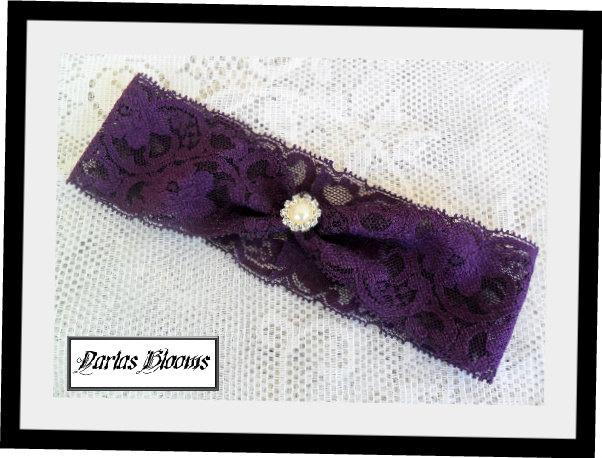 Свадьба - Wedding Garter, Purple Bridal Garter, Deep Purple Wedding Garter, Rhinestone Garter, Lace Garter,YOUR CHOICE COLOR,Plum Purple Garter,Garter